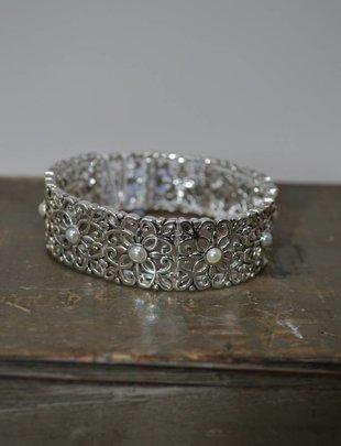 Vintage Silver & Pearl Stretch Bangle