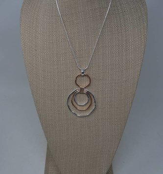 triple sphere necklace