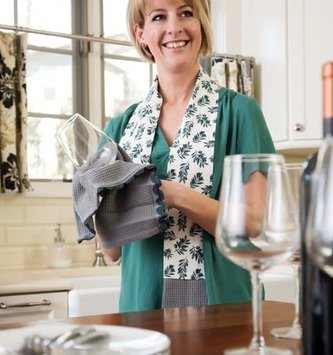 Kitchen Boa Towel (3 Styles)