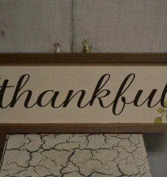 Farmhouse Framed Thankful Sign