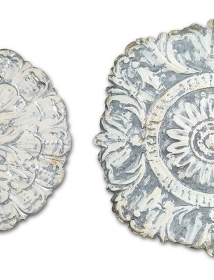 Whitewashed Metal Wall Medallion