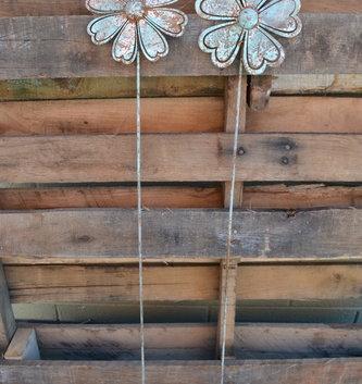 Medium Rustic Flower Stake (2 Styles)