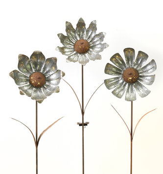 Large Solar Galvanized Flower Yard Stake (3 Styles)