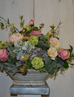 Custom Venetian Rose Arrangement