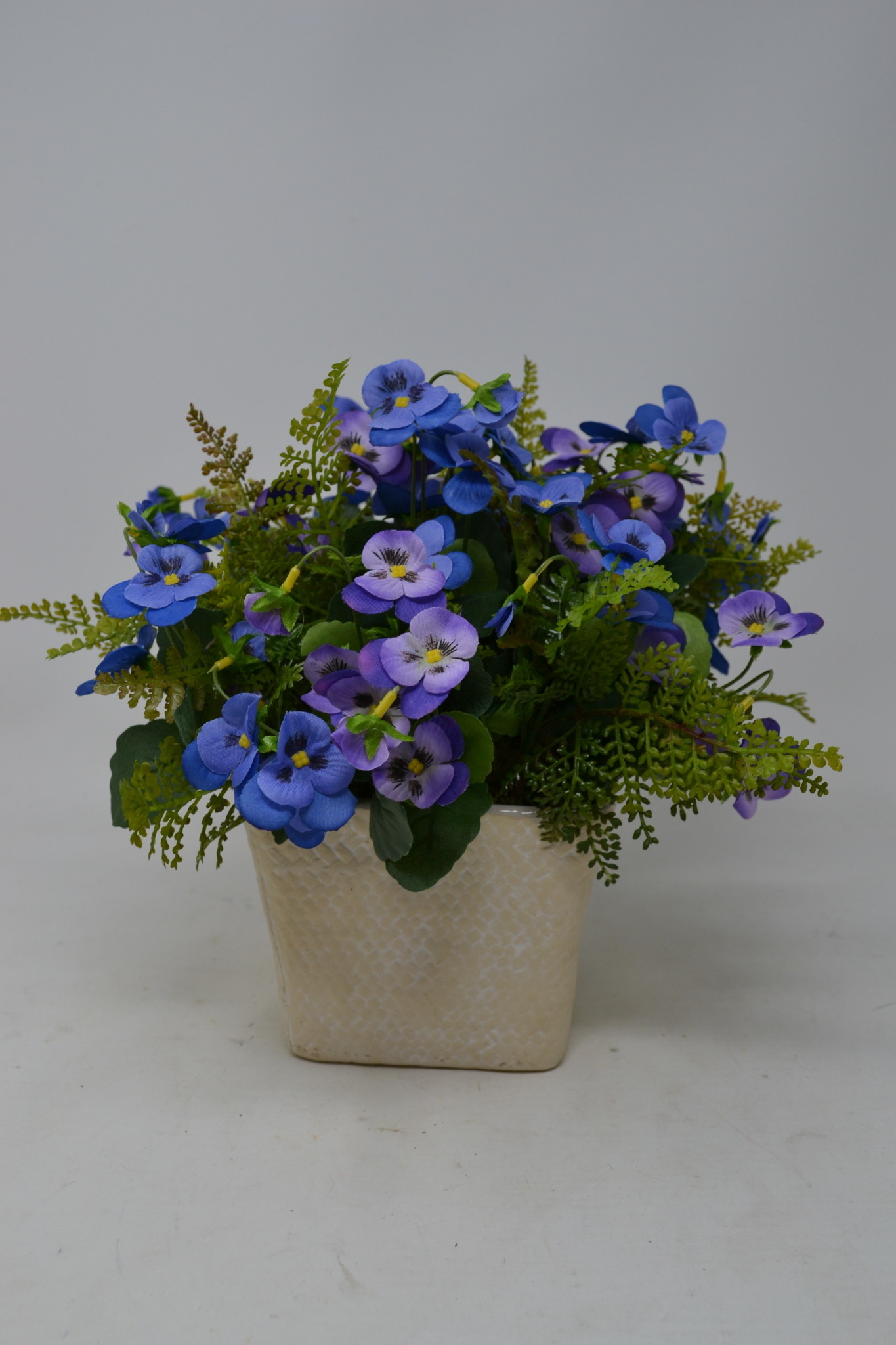 Small Basket Weave Pansy Arrangement