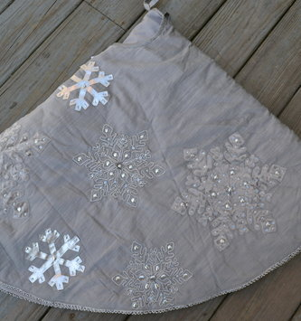 Embroidered Silver Snowflake Tree Skirt