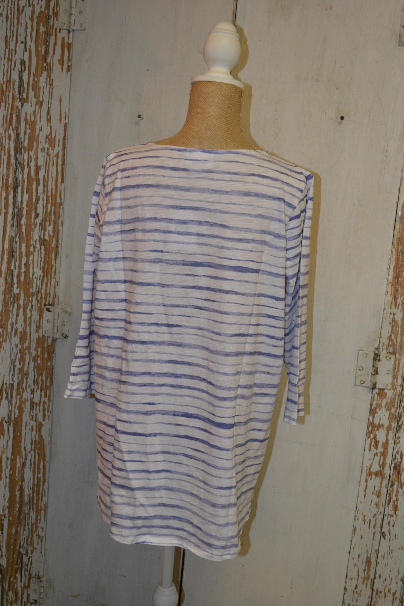 3/4 Sleeve Wavy Stripe Tunic