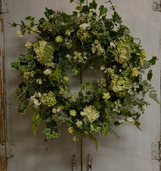 Variegated Ivy Custom Snowball Wreath