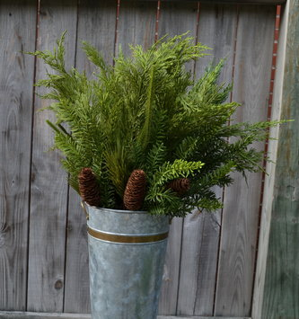 Mixed Greenery Pinecone Spray
