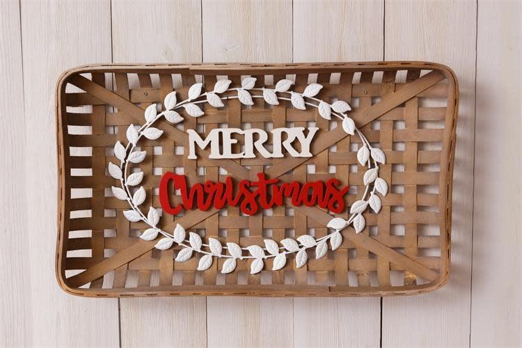 Merry Christmas Tobacco Basket Sign