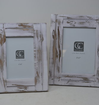 Wooden Whitewashed Frame (2 Sizes)