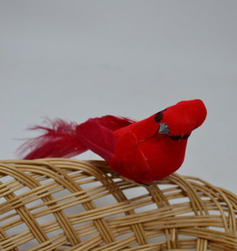 Clip-On Fluffy Tail Cardinal