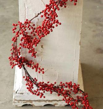 5-Ft. Waterproof Red Berry Garland
