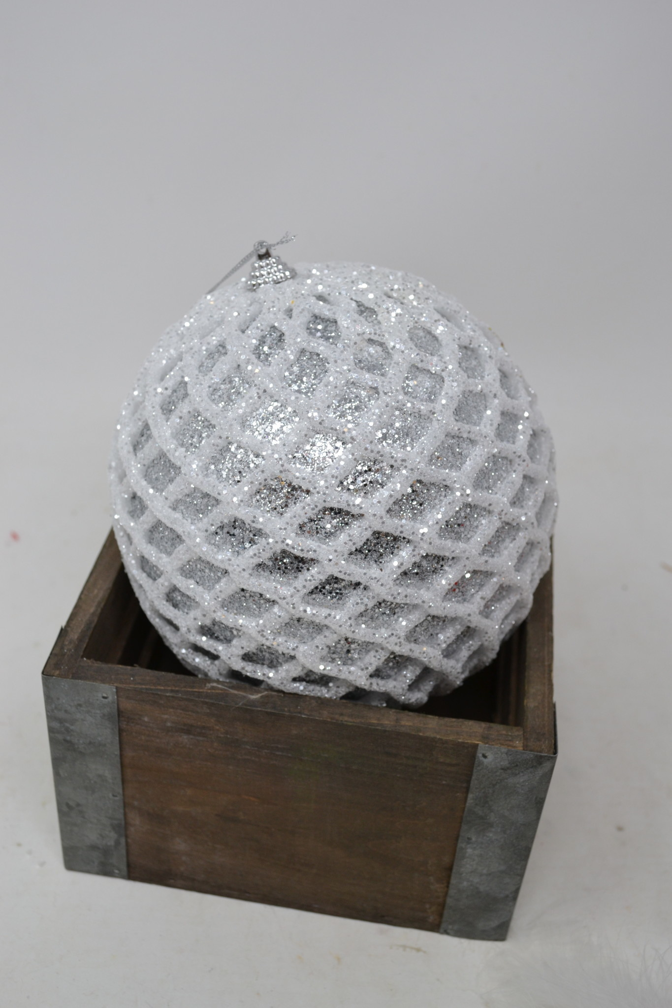 Glitter Diamond Patterned Ball Ornament