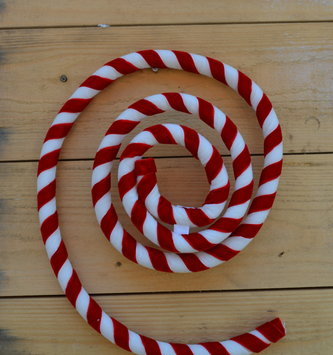 4-ft Wired Velvet Candy Cane Rope