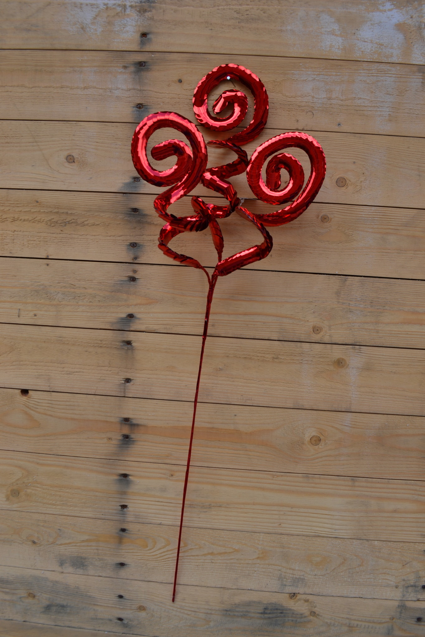 "33"" Red Metallic Swirl Spray"