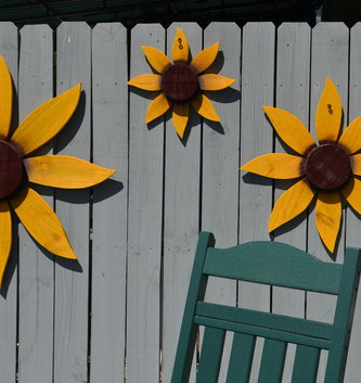 Painted Wooden Sunflower (3 Sizes)