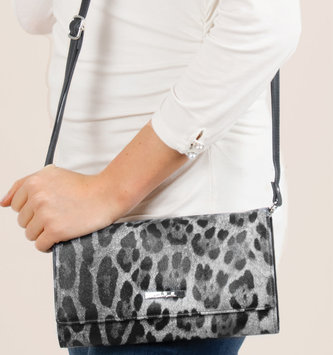 Simply Noelle Leopard Wristlet Wallet (2 Colors)