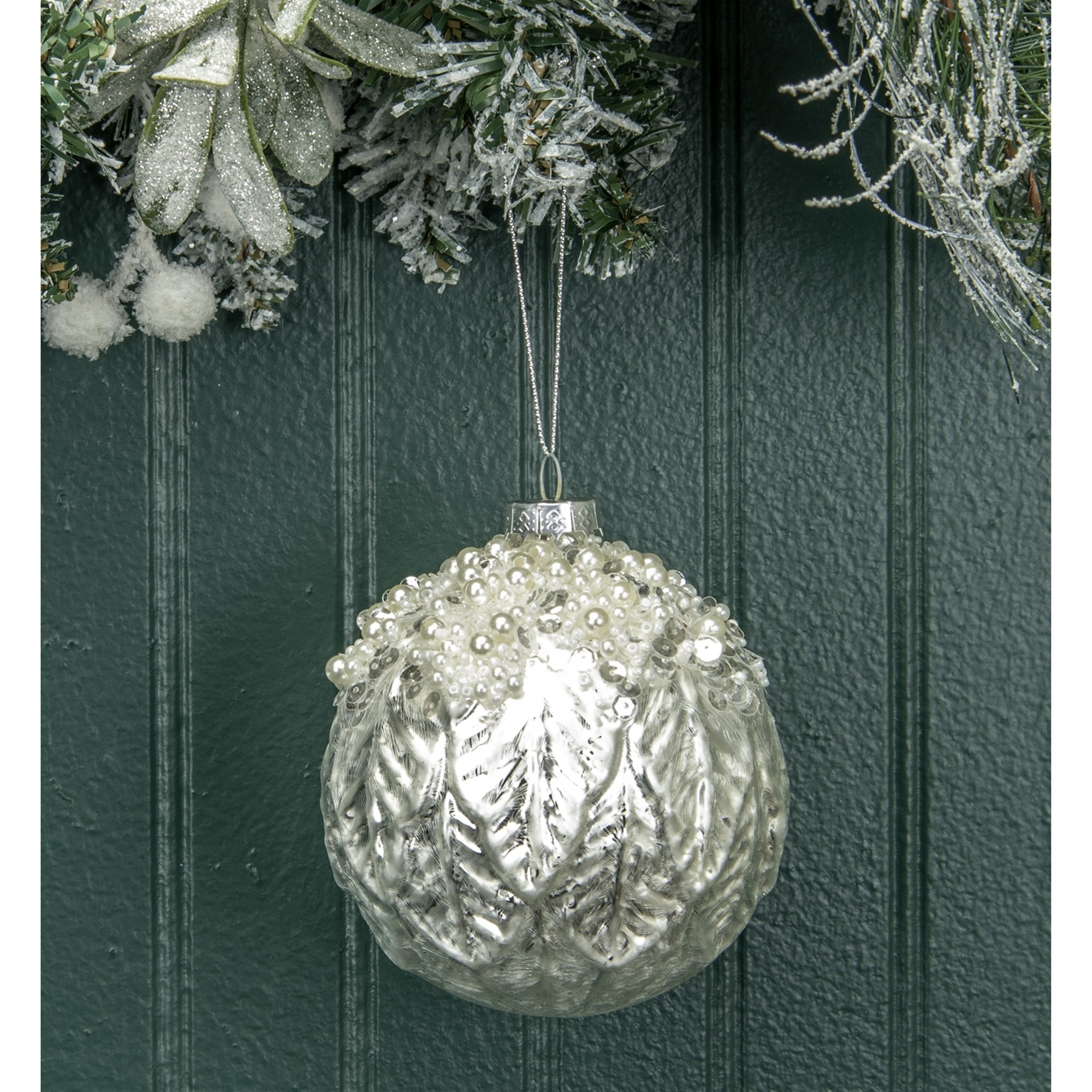 Round Glass Pearl Leaf Ornament