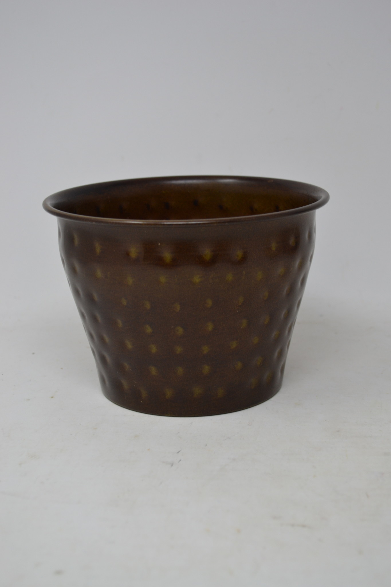 Round Dotted Metal Pot