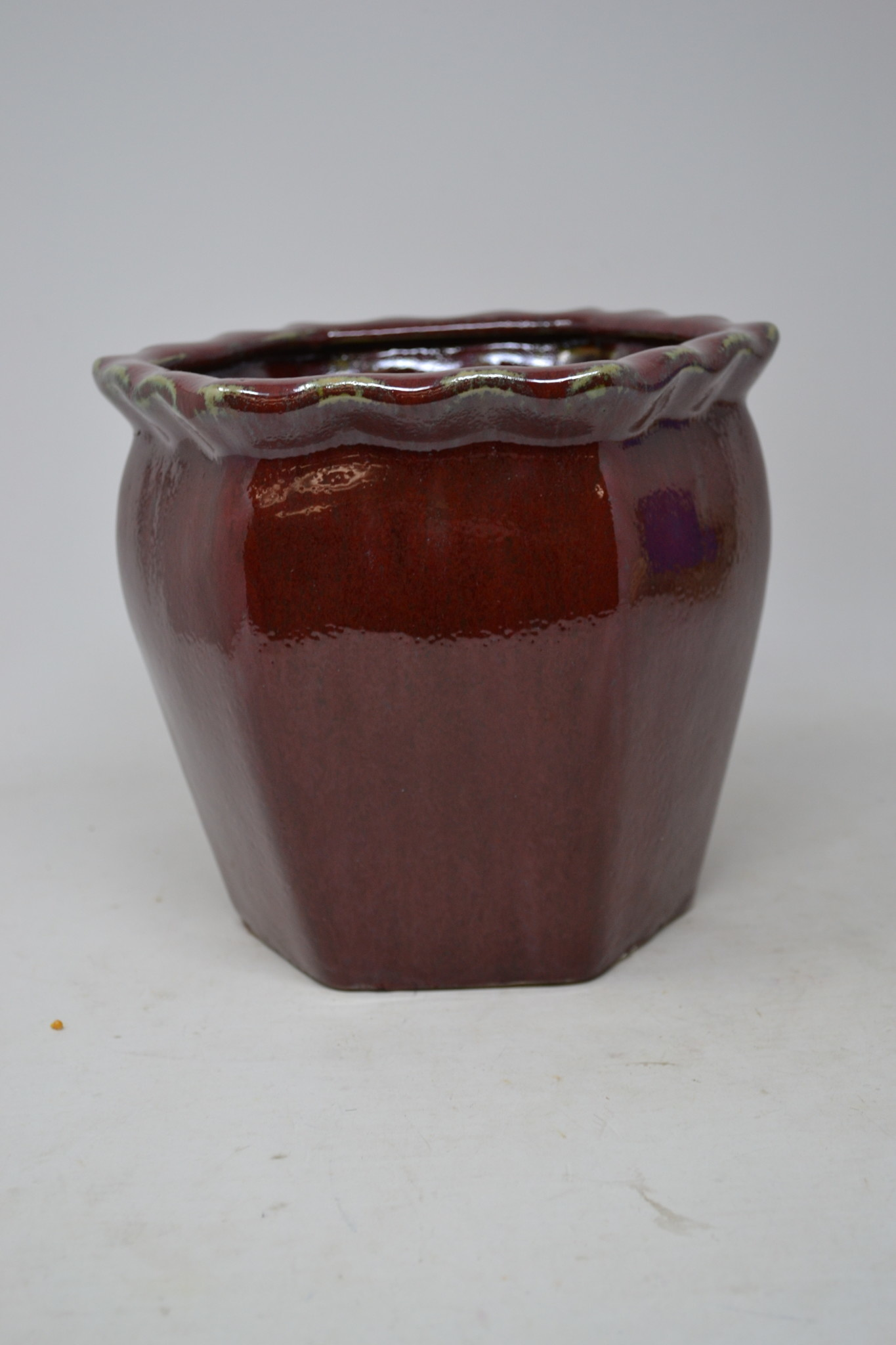6-Sided Red Crackle Container