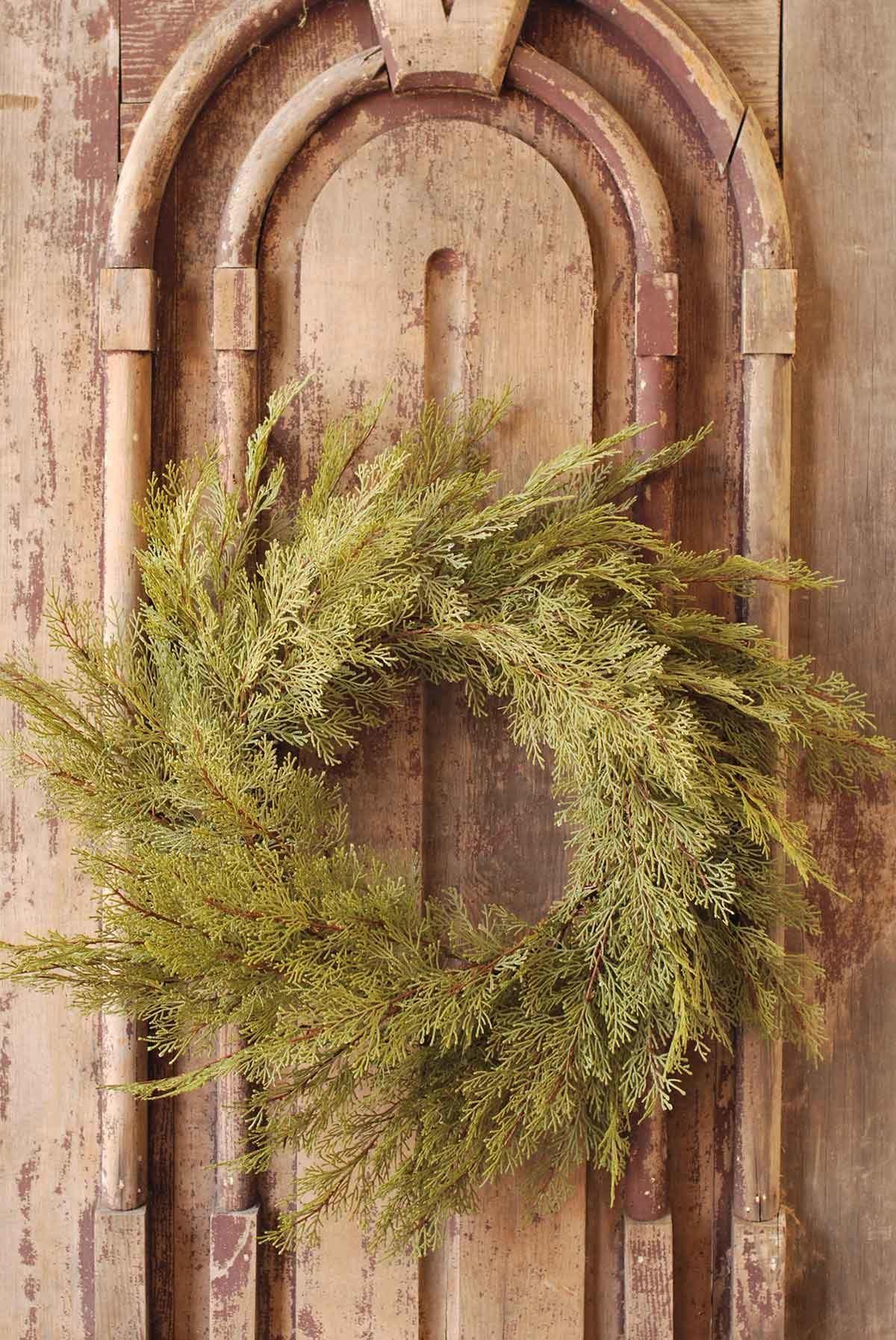 """30"""" Christmas Cedar Wreath"""