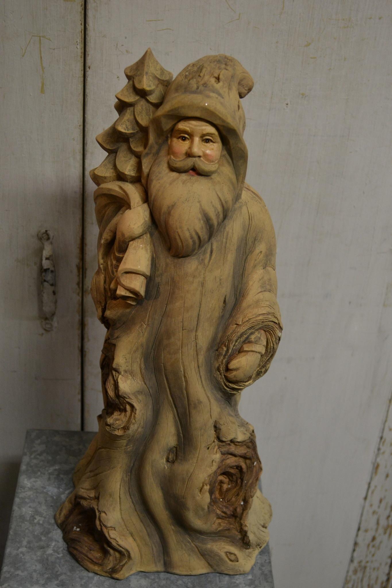 Woodland Knotty Santa