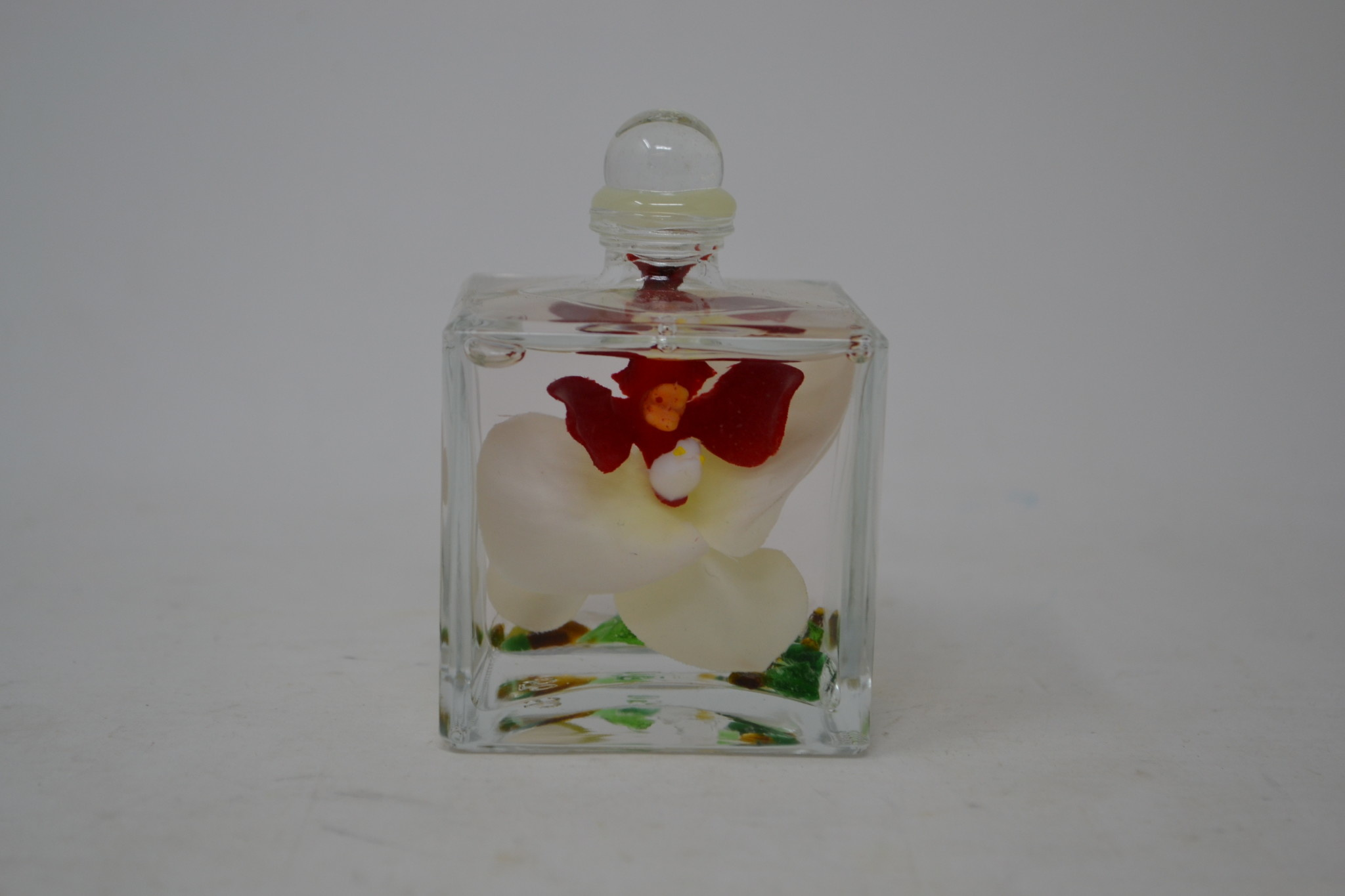White Orchid Cube Lifetime Oil Candle (2 Styles)