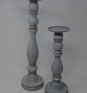 Set of 2 Light Gray Candlesticks