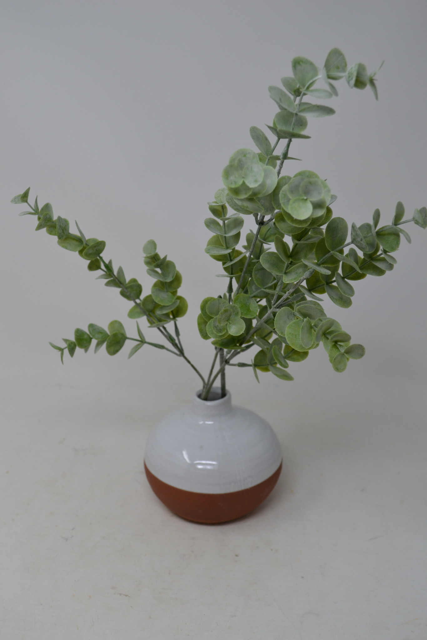 "27"" Mini Dusty Eucalyptus Spray"