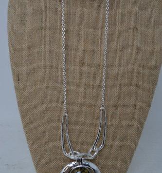 Leopard Print Pendant Necklace Set