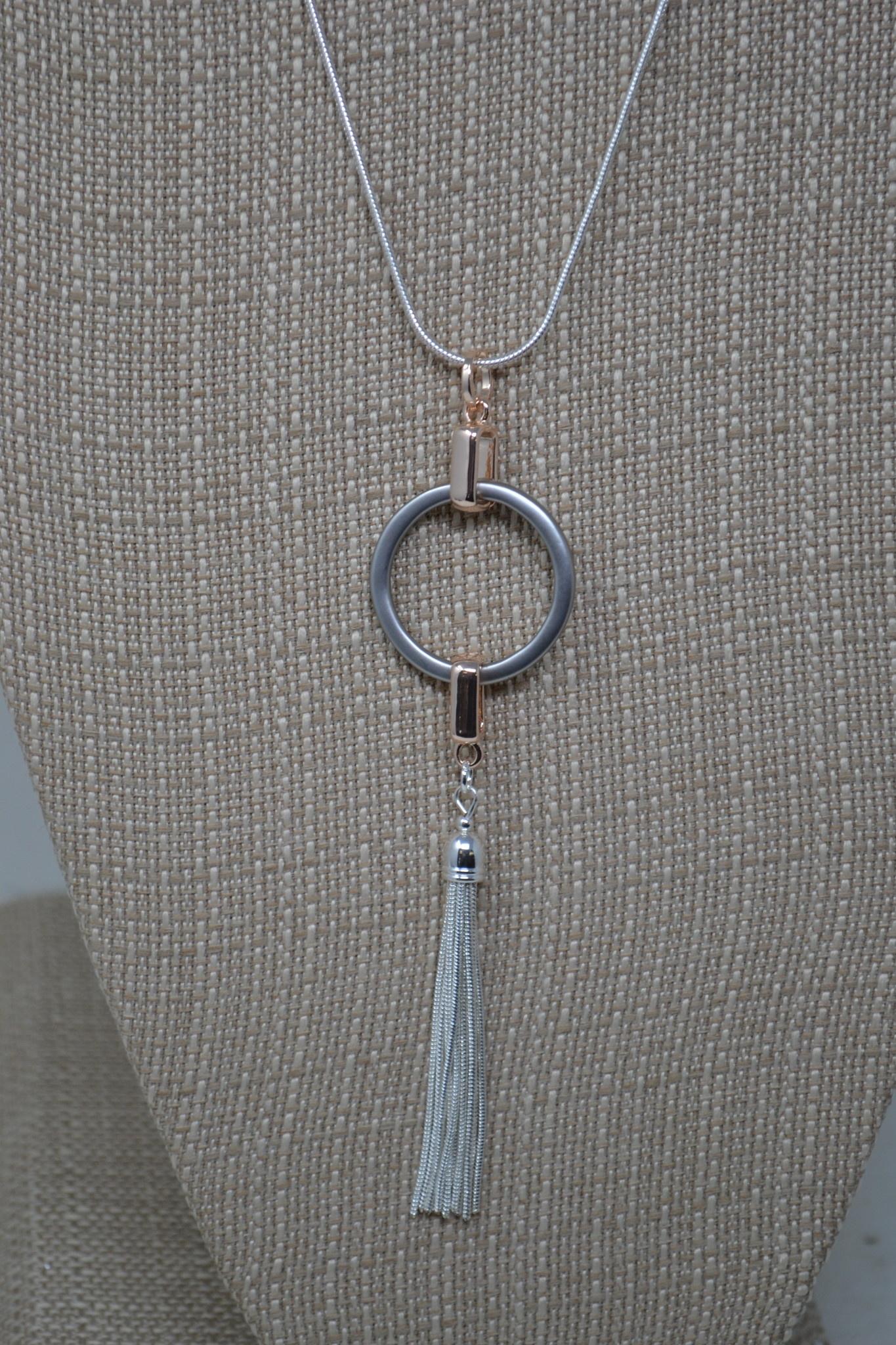 Metal Circle Tassel Necklace