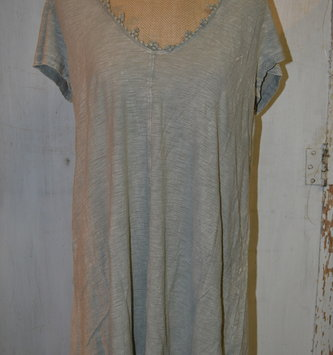 Beaded V-Neck Top (2-Colors)