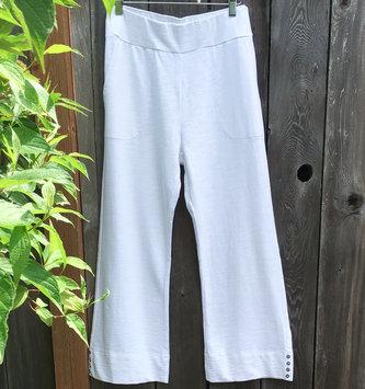 Wild Palms Side Button Capri Pants (3-Colors)