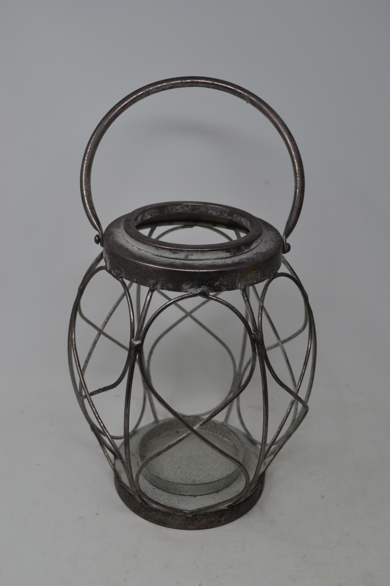 Antiqued Silver Candle Holder (2-Sizes)