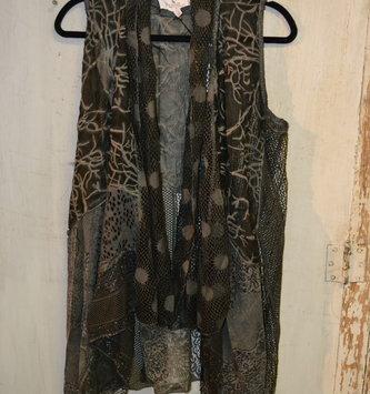 Flowy Sheer Lace Vest (4-Sizes)