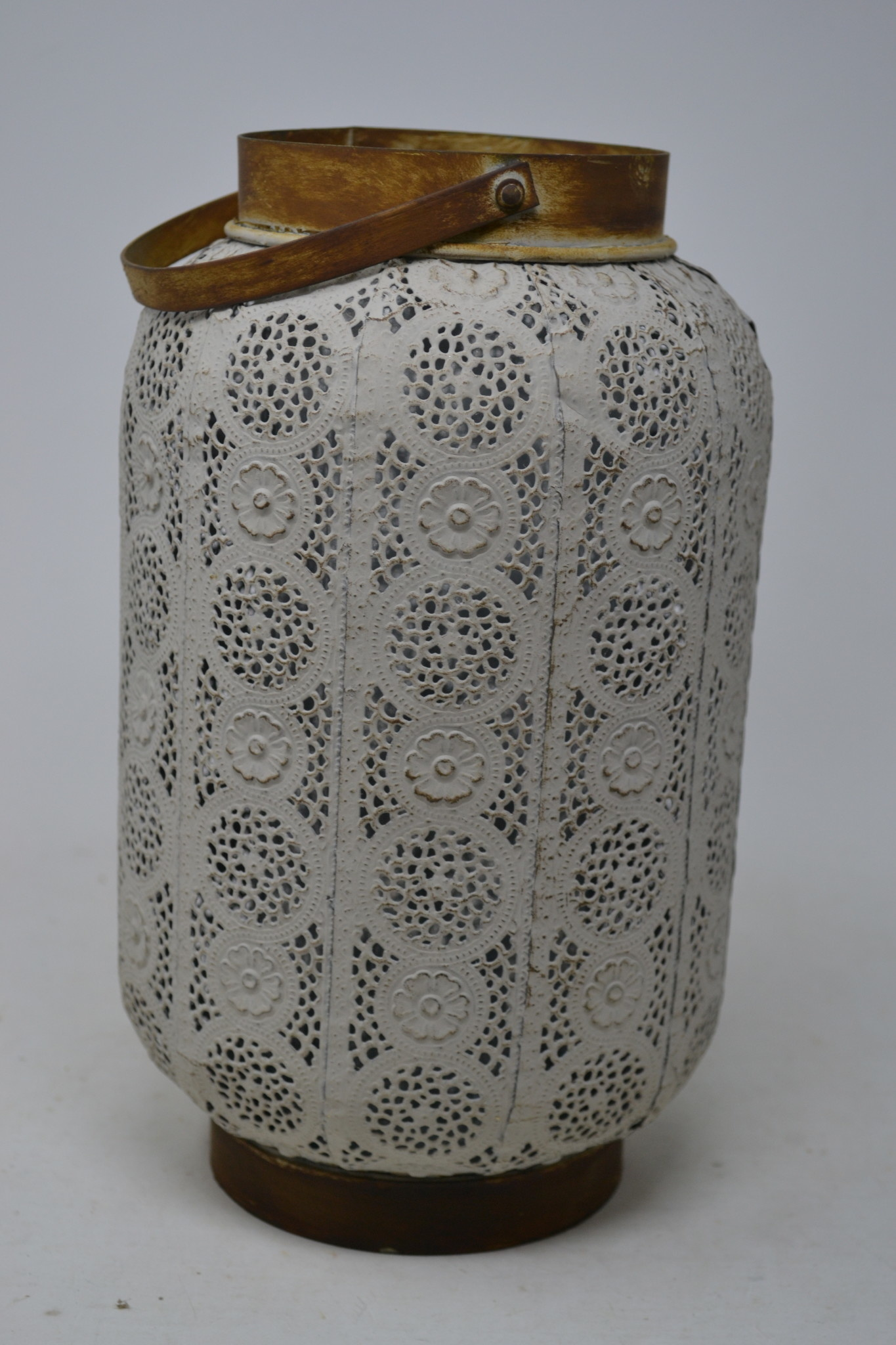 Antiqued Cut-Out Candle Holder Lantern (2-Sizes)