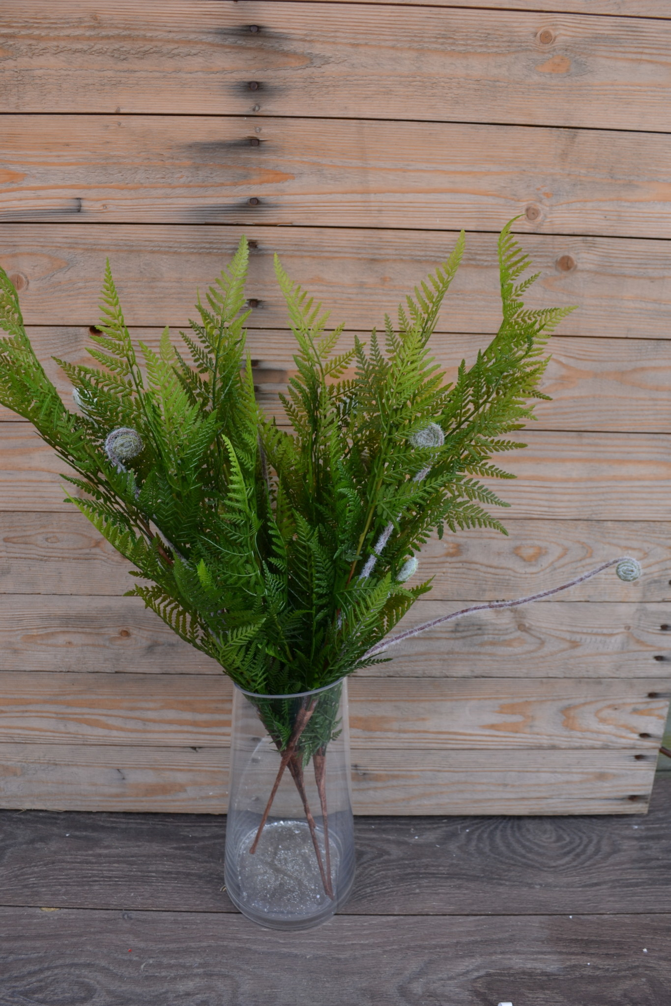 "27"" Leather Leaf Spray With Fronds"