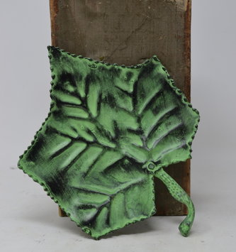 Distressed Metal Leaf Dish (3-Colors)