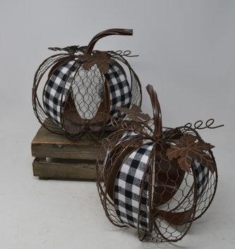 Gingham & Chicken Wire Pumpkin (2-Styles)