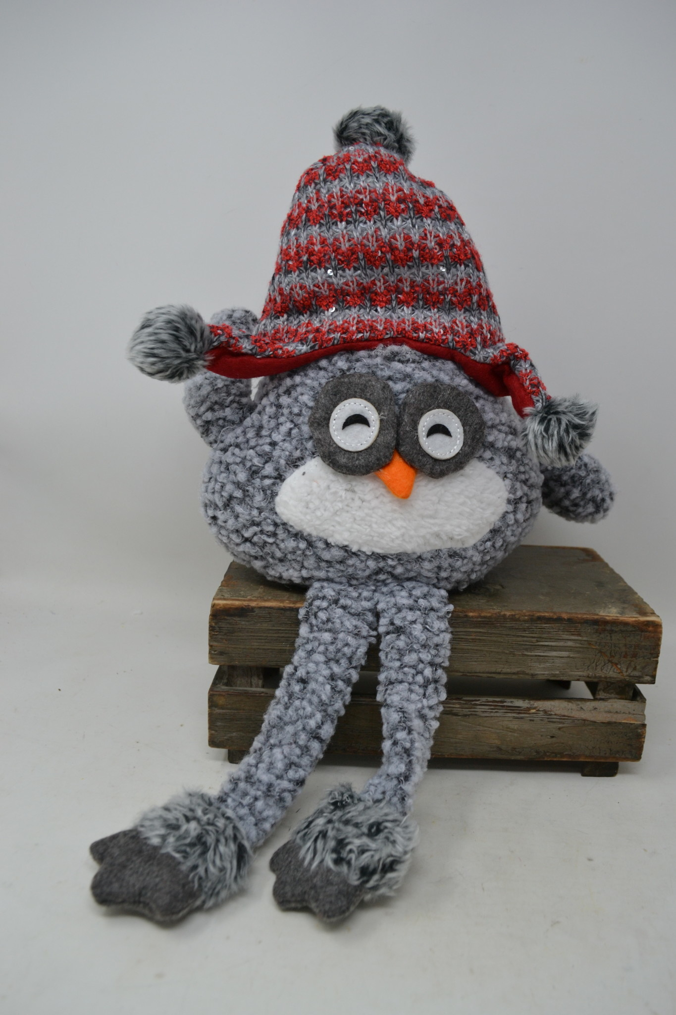 Wooly Owl Shelf Sitter (2-Colors)
