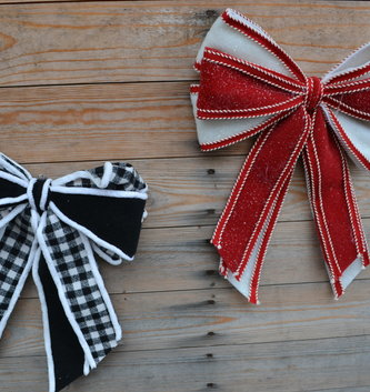 Felt Holiday Clip-on Bow (2-Colors)