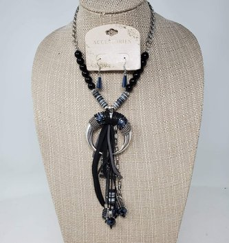 Beaded Midnight Charm Necklace & Earring Set (2-Colors)