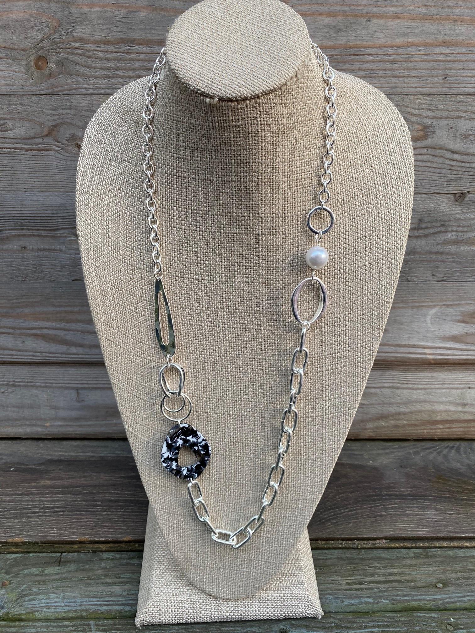 Black Tortoise Link Necklace