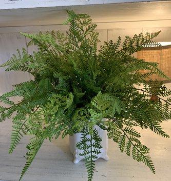Custom Lace Fern In Scalloped Vase