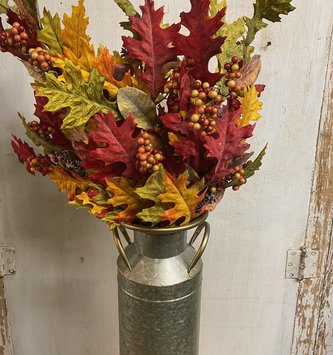 Autumn Oak & Magnolia Berry Spray
