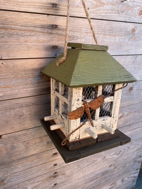 Multi Perch Dragonfly Birdfeeder