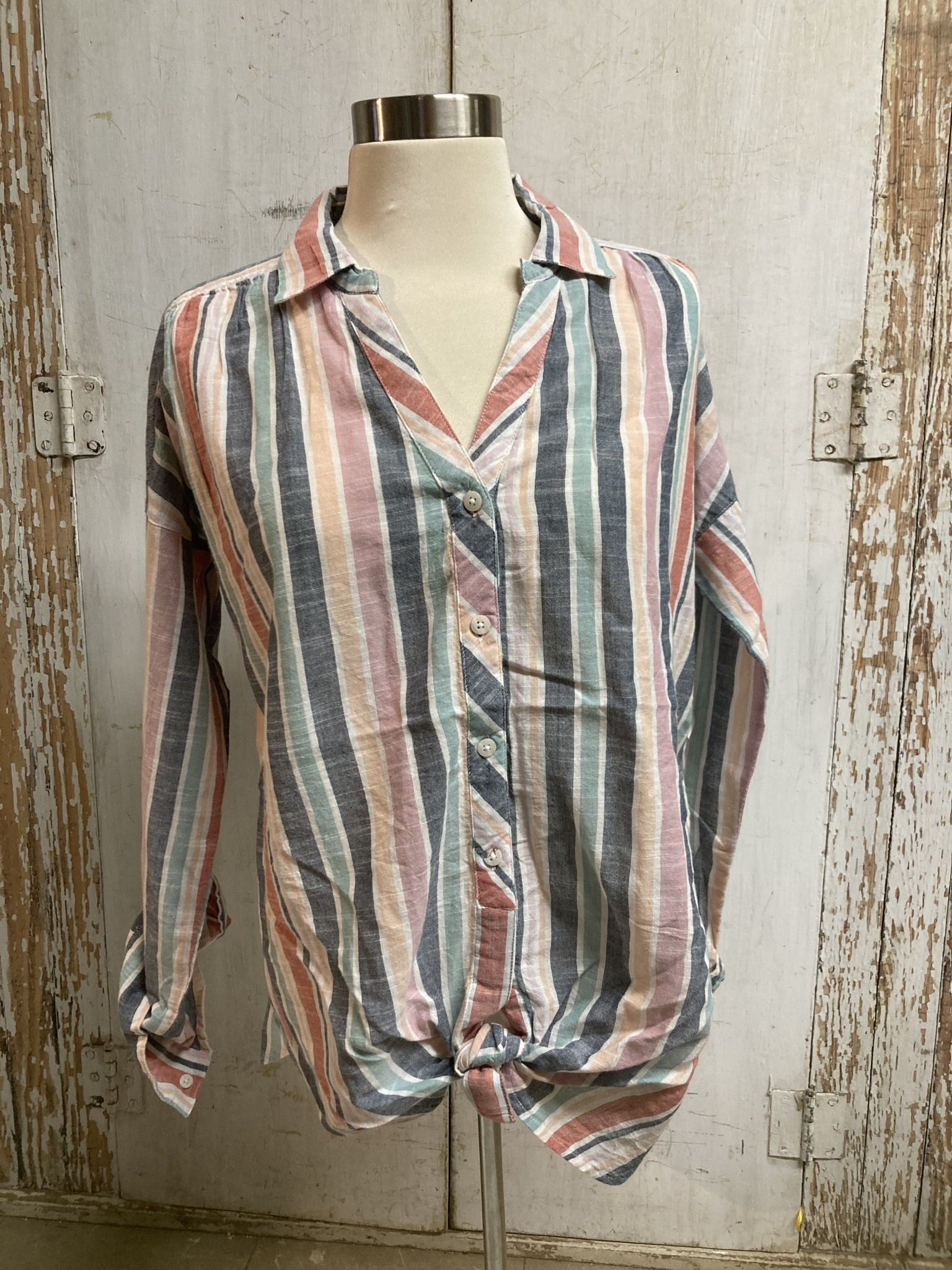 Collared Button Down Shirt (2-Colors/4-Sizes)
