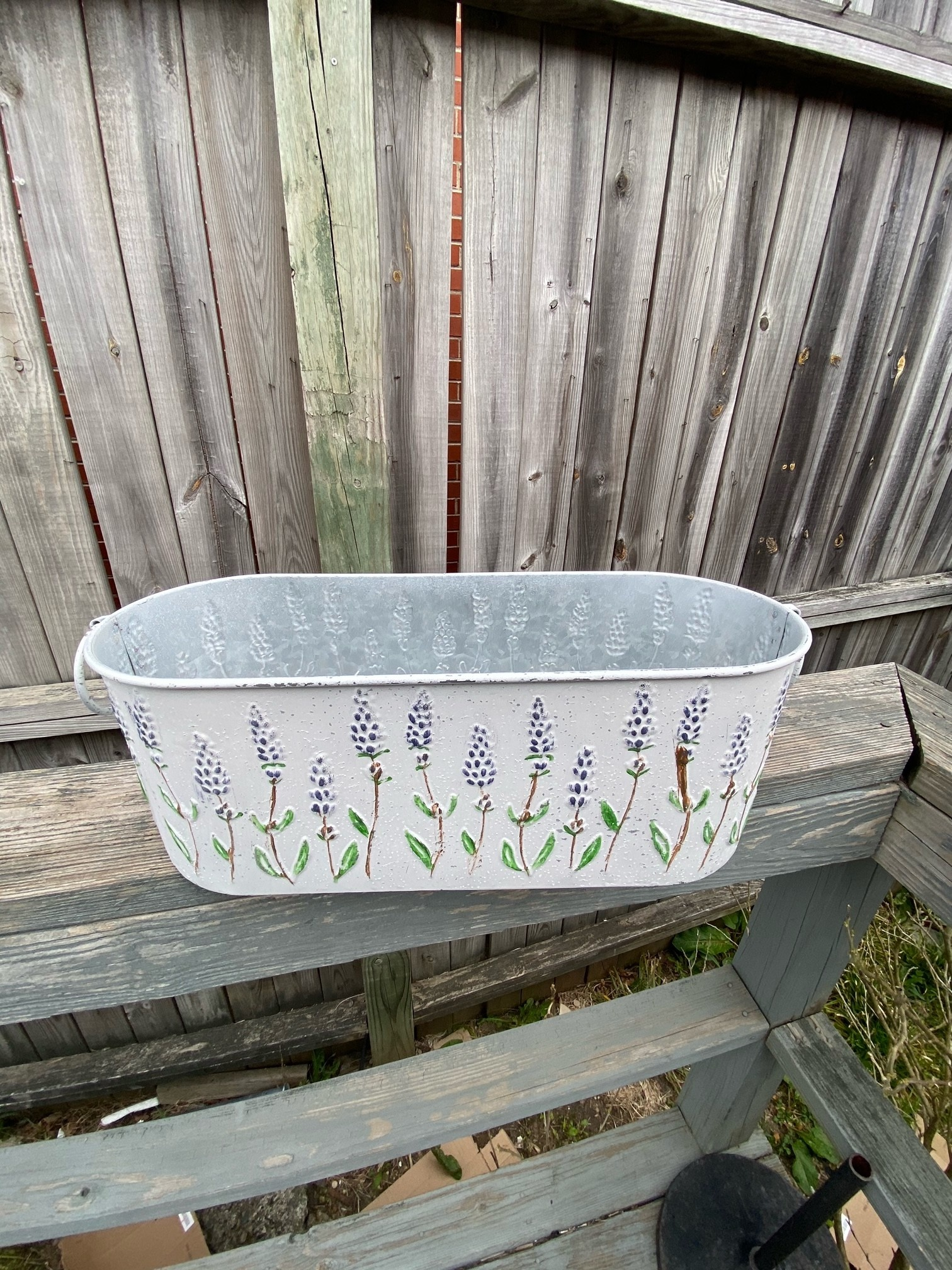 Lavender Embossed Container (2-Sizes)