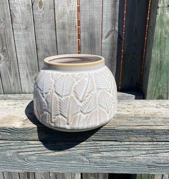 Ceramic Leaf Container